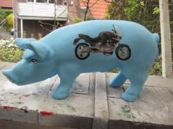 Sparschwein mit Motorrad_1